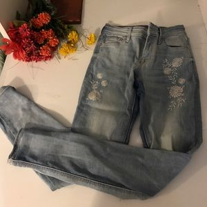 Old navy skinny jeans with floral decal